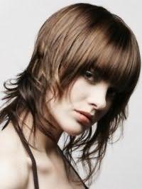 Оригінальний варіант рваною стрижки для довгого волосся