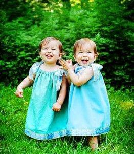 Виховання близнюків: подвійні труднощі, подвійна радість