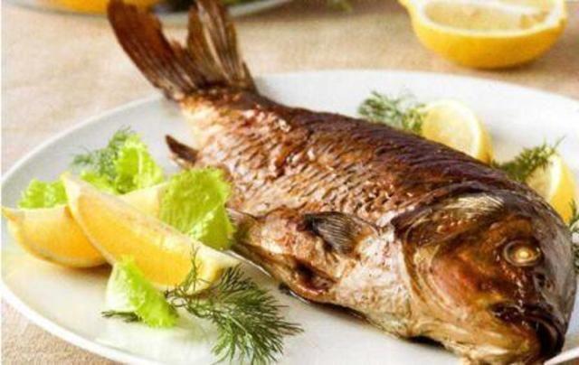 Смажена риба уві сні до чого